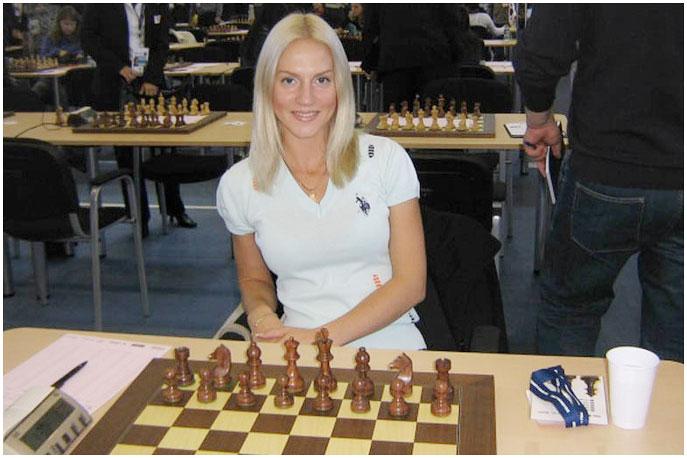 Анна Шаревич привлекает к себе внимание не только игрой, но и очаровательной внешностью