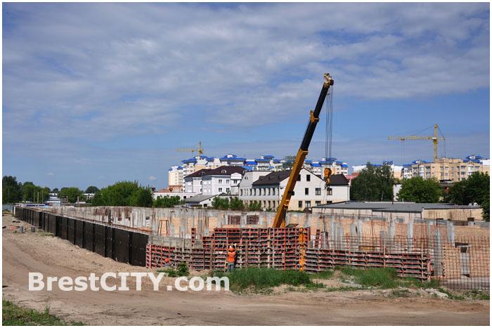 28 мая 2012. Строительство торгово-развлекательного-комплекса