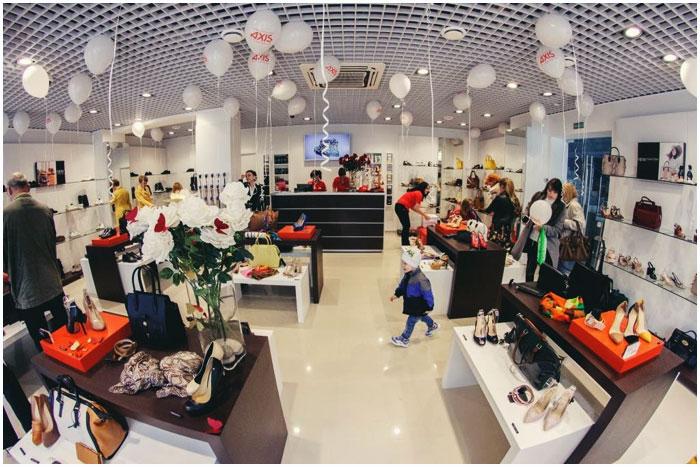 Магазин обуви AXIS в Бресте