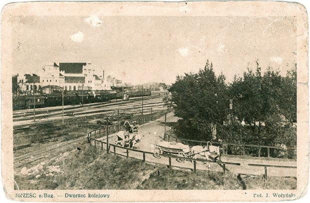 Дорога от центрального железнодорожного вокзала до современной улицы Ленина. Фото 30-х годов.