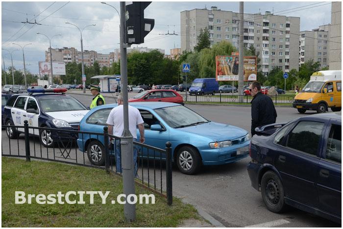 Авария 22 июня в Бресте на улице Суворова