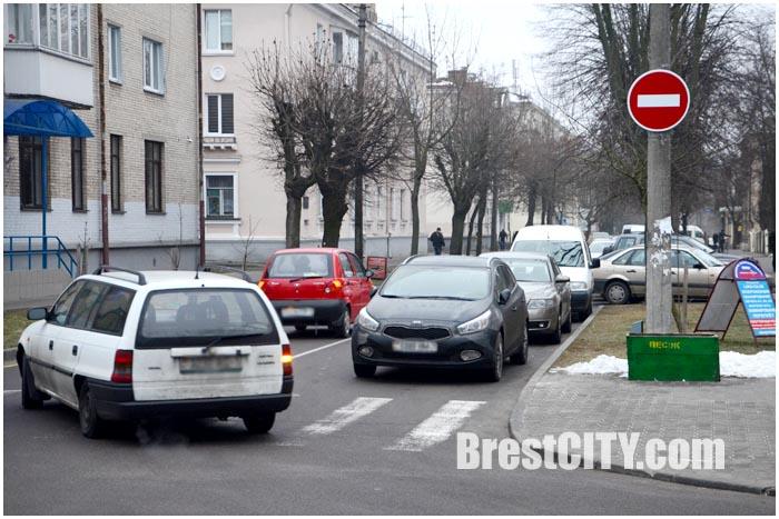 Одностороннее движение по улице Дзержинского