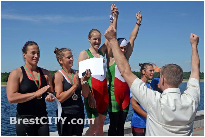 Чемпионат Беларуси по гребле на байдарках и каноэ в Бресте 11 июня