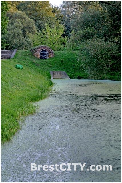 Обводной канал Брестской крепости