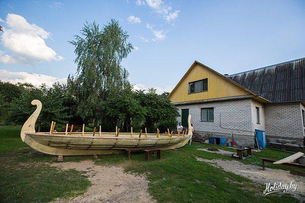 Корабли викингов строят в Кобринском районе