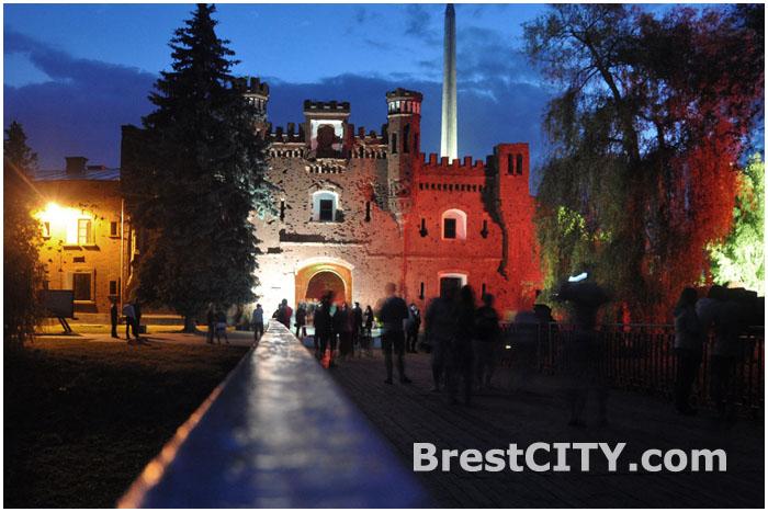 Холмские ворота Брестской крепости. Утро 22 июня