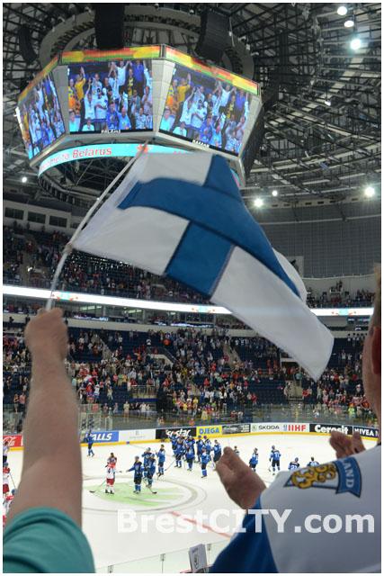 Минск-Арена. Финны празднуют победу.