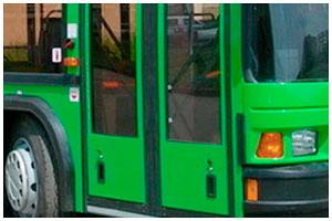 Пьяный пассажир выпал из автобуса