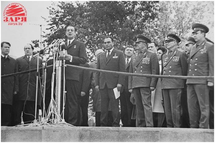 Строительство мемориала. 1970 г.