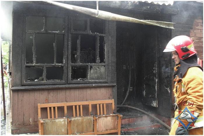 Пожар в Бресте на улице Мирная 21 июня 2014