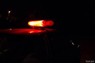 Автомобиль ГАИ ночью