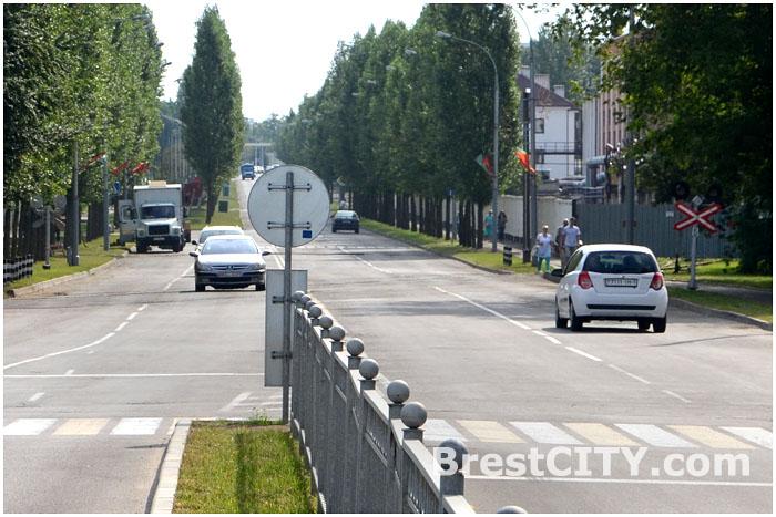 Движение транспорта на проспекте Машерова в районе Брестской крепости возобновлено