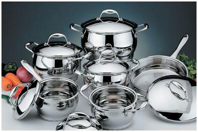 Набор новой посуды