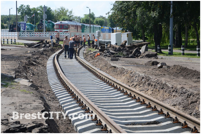 Ремонт ЖД переезда возле крепости 2014