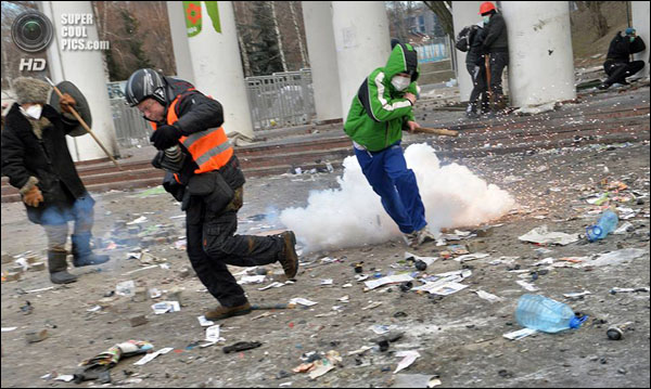 Корреспонденты в Киеве на Евромайдане