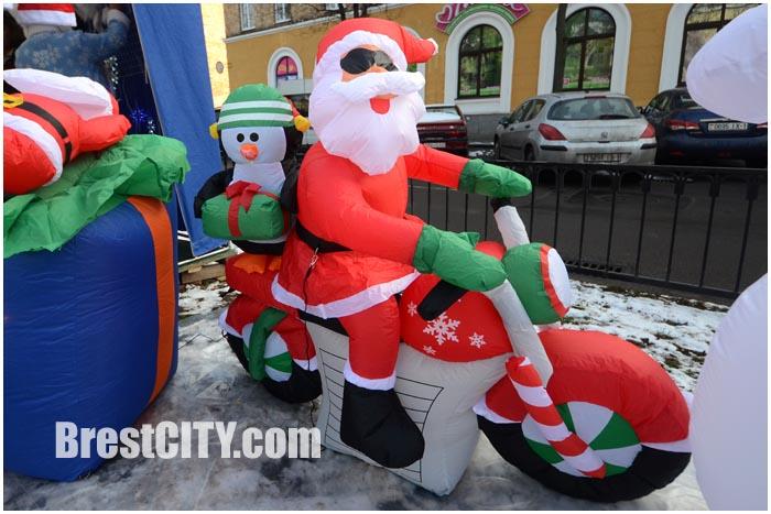 Новогодняя ярмарка на улице Гоголя в Бресте 2014