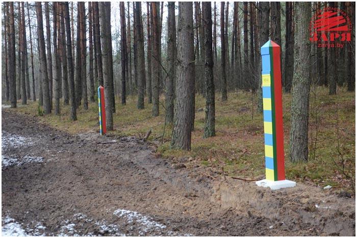 Сотый пограничный знак на границе Беларуси и Украины