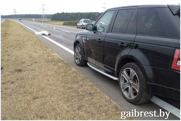 В Барановичском районе под колесами автомобиля погиб пешеход