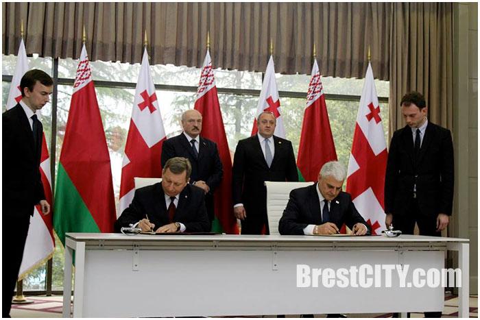 Брест и Батуми стали городами-побратимами. Подписание соглашения в Грузии 24 апреля