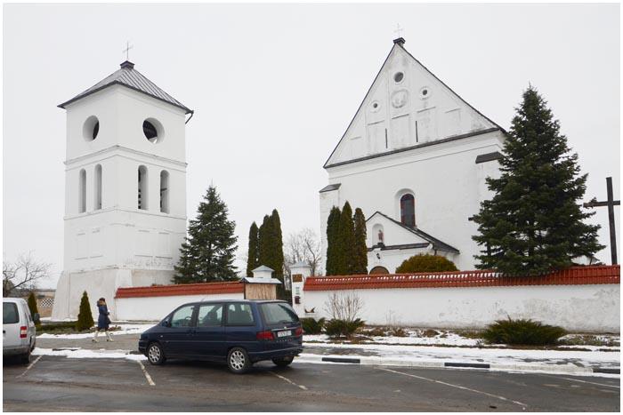 Костел Святой Троицы в Чернавчицах