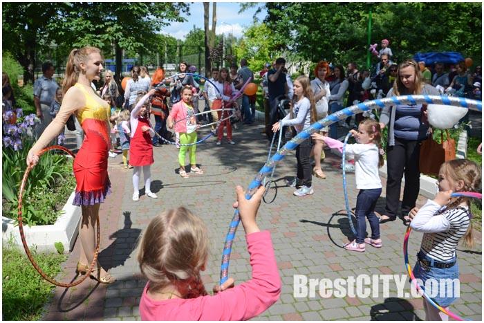 Праздник ко Дню защиты детей в брестском городском парке. Фото BrestCITY.com