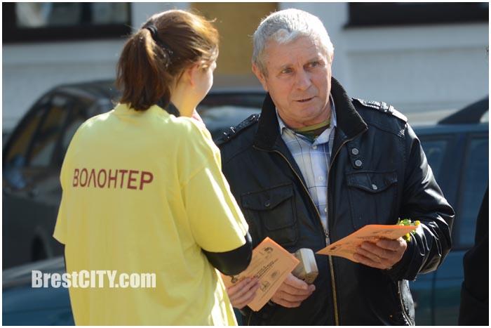 День пожилых людей на улице Советской в Бресте. Фото BrestCITY.com