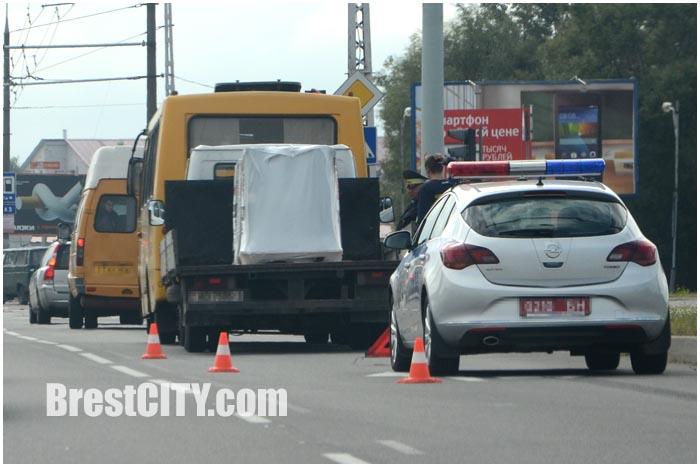 Авария в Бресте 9 сентября автобус 23 и грузовик