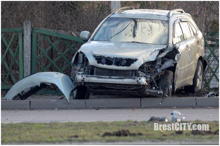 Авария на Московской в Бресте возле Короны 22 декабря 2015. Фото BrestCITY.com