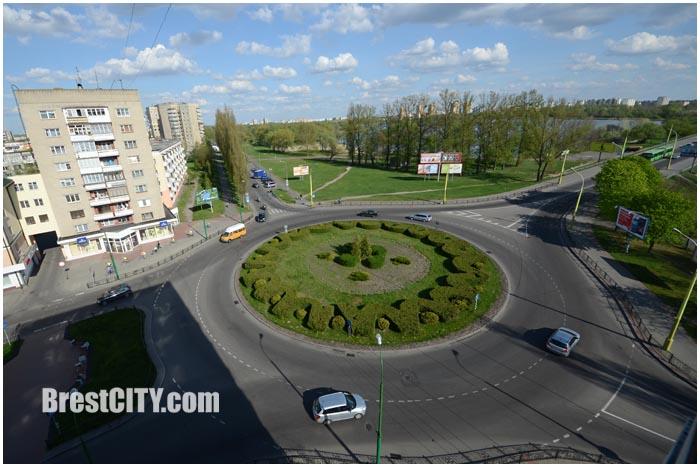 Кольцо на Бульваре Шевченко в Бресте. Фото BrestCITY.com