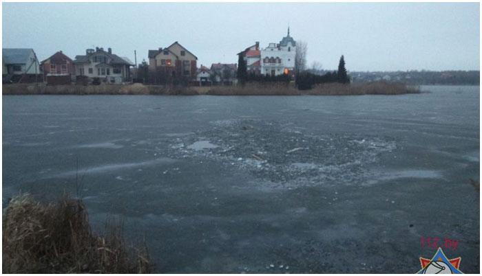 В Бресте в вычулках на озере утонул ребенок