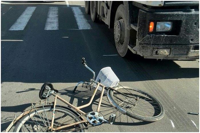 В Березе МАЗ насмерть сбил женщину на велосипеде