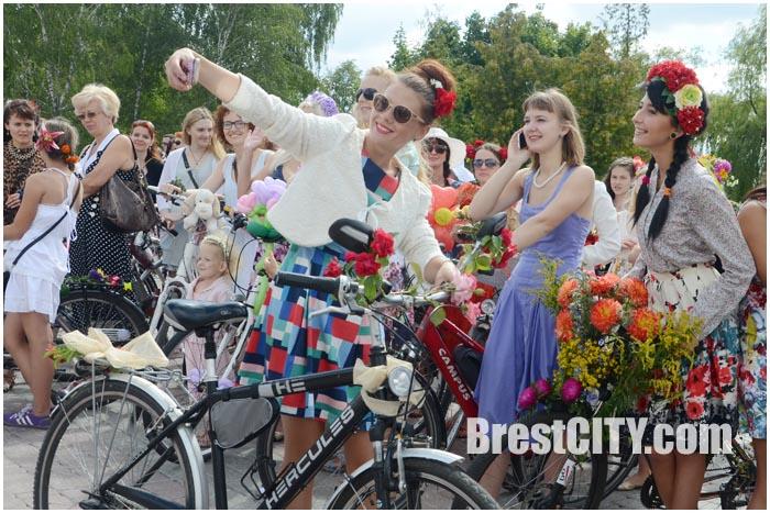 Велопарад на шпильках в Бресте 1 августа 2015