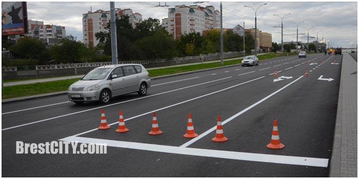 Разметка улицы Пионерской в Бресте. Фото BrestCITY.com