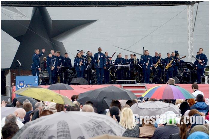 Оркестр ВВС США выступит в Брестской крепости