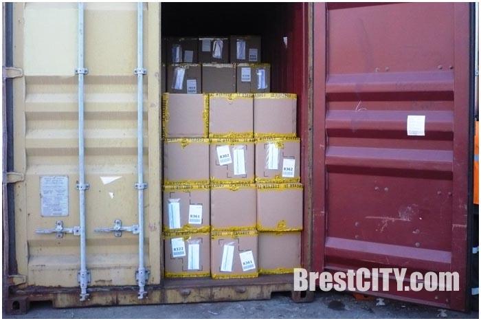 Контрабанда товаров в ЖД контейнере