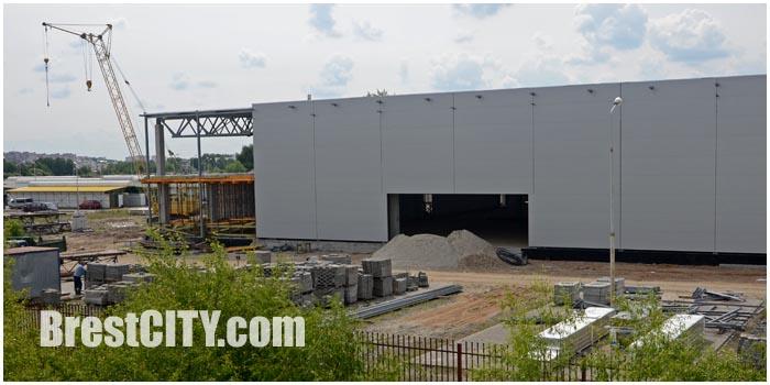 Строительный гипермаркет на Варшавке в Бресте. Фото BrestCITY.com