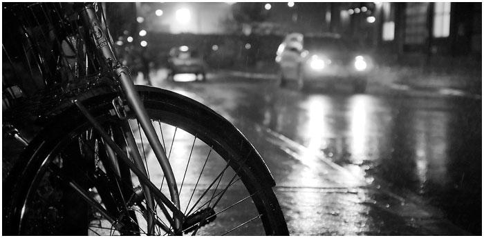 Ночью насмерть сбили велосипедиста