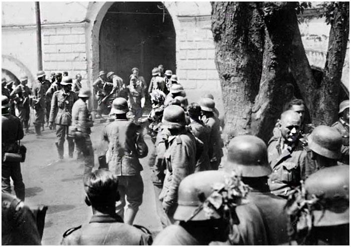 фото немцев в брестской крепости закончил хоккеем ну