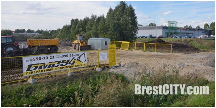 Строительство заправки Татнефть в Бресте на Березовке возле Евроопта. Фото BrestCITY.com