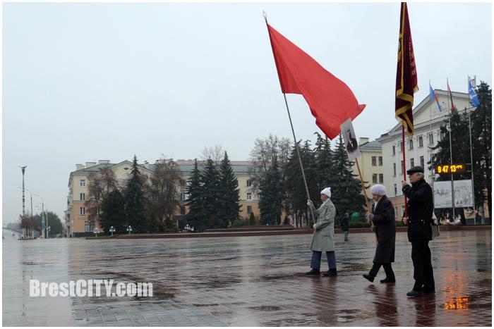7 ноября в Бресте. Годовщина Октябрьской революции. Фото BrestCITY.com