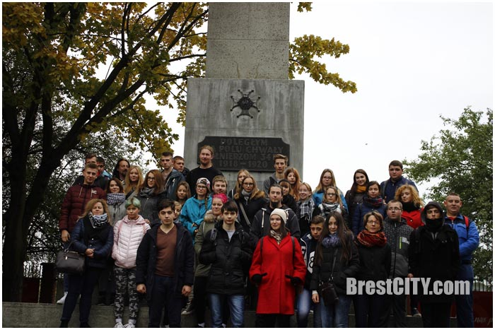 Волонтеры БРСМ в Польше