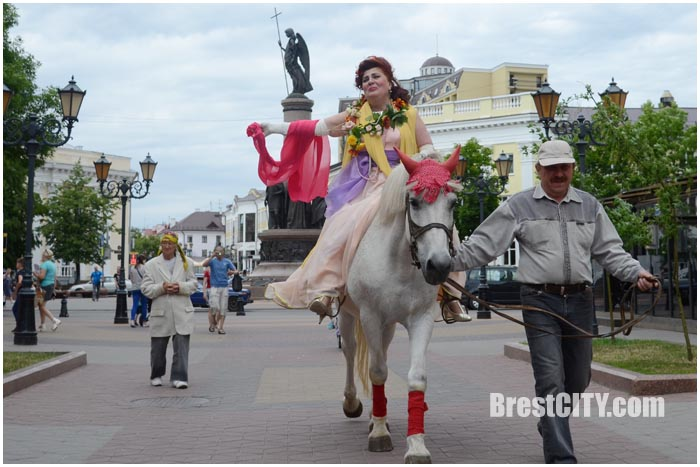 Наталья Черноголова. Выставка на Советской в Бресте 2016. Фото BrestCITY.com