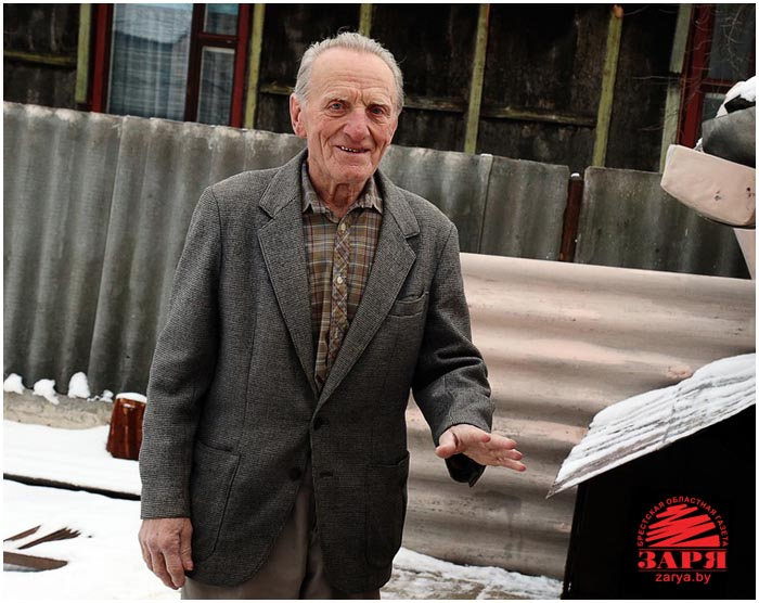 Пенсионер спас инвалида на пожаре
