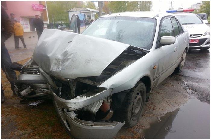 Пьяный водитель на ул.Орловской попал в аварию