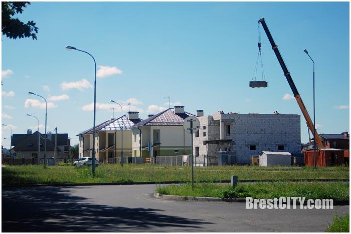 Четвертый дом семейного типа в Бресте возле политеха. Фото BrestCITY.com