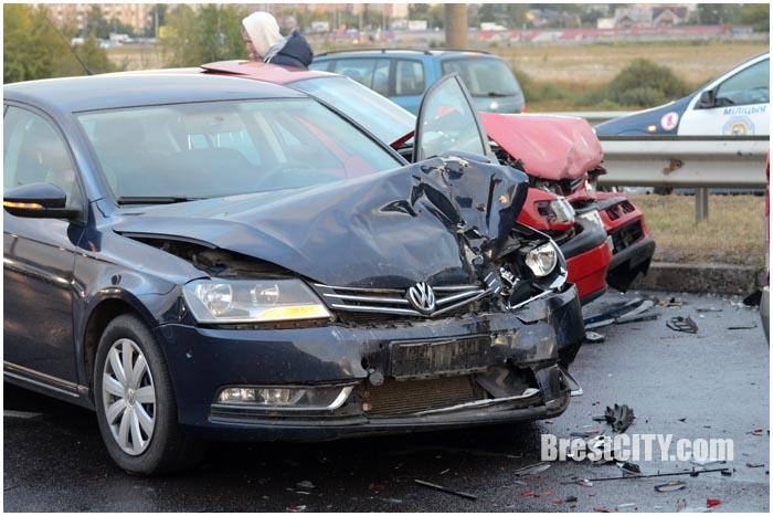 ВБресте 13 авто пострадали вДТП