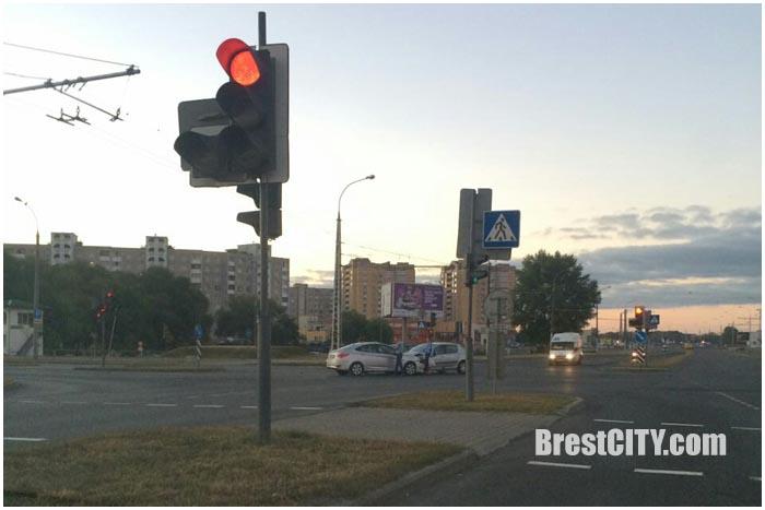 Авария на Гребном в Бресте 14 сентября 2016