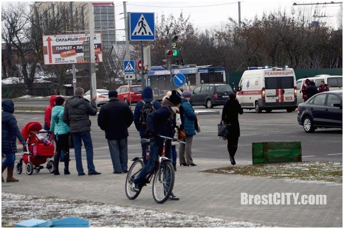 Возле Короны в Бресте насмерть сбили бабушку. Фото BrestCITY.com