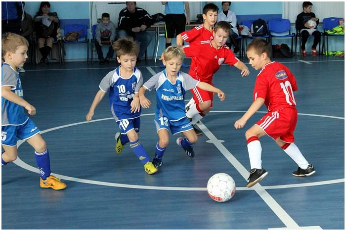 Турнир по мини-футболу среди школьников