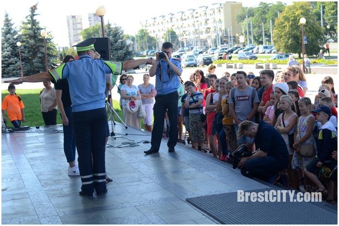 Профилактическая акция ГАИ. Август 2016. Фото BrestCITY.com